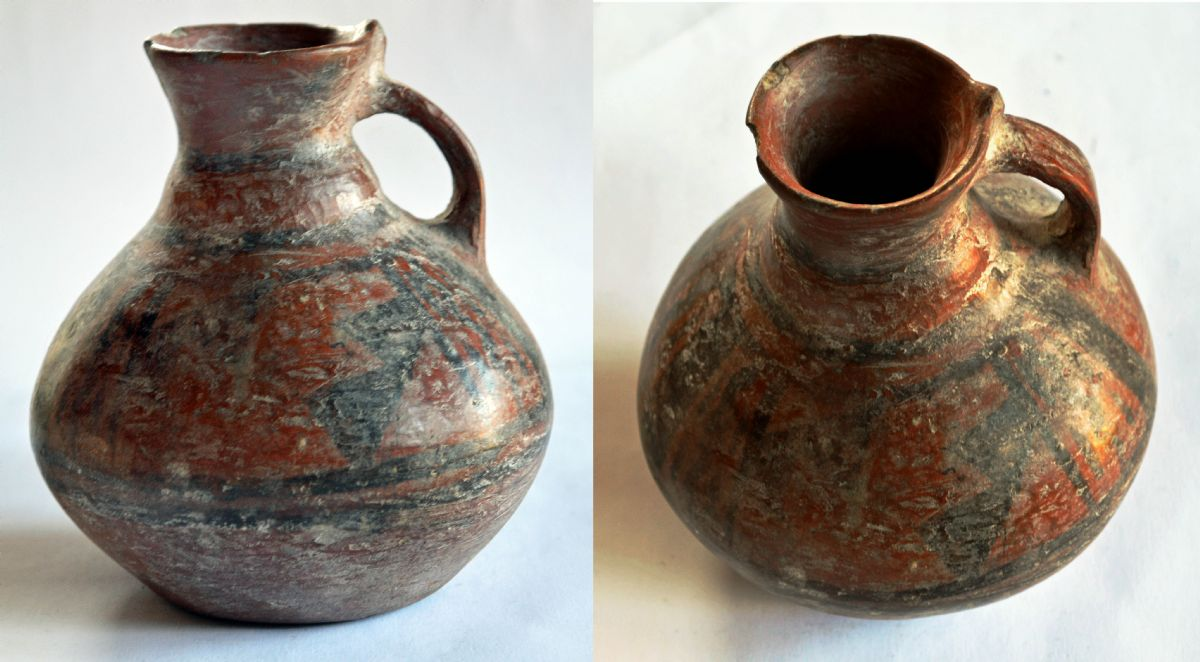 Pre-Columbian Chinesco Pottery Jug. NP Collectables